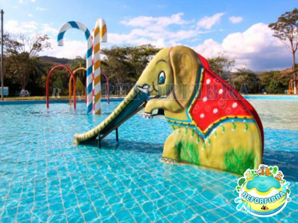 006 - Escorregador Aquático Modelo Elefantinho 01