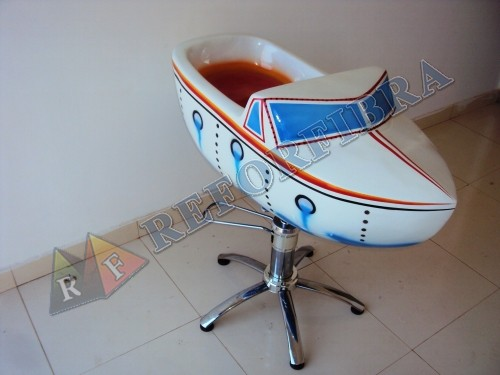 005 - Cadeira Infantil Modelo Barquinho